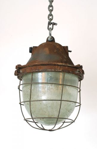 Cast iron prismatic well glass pendants